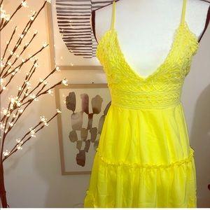 Dresses & Skirts - Yellow dress.